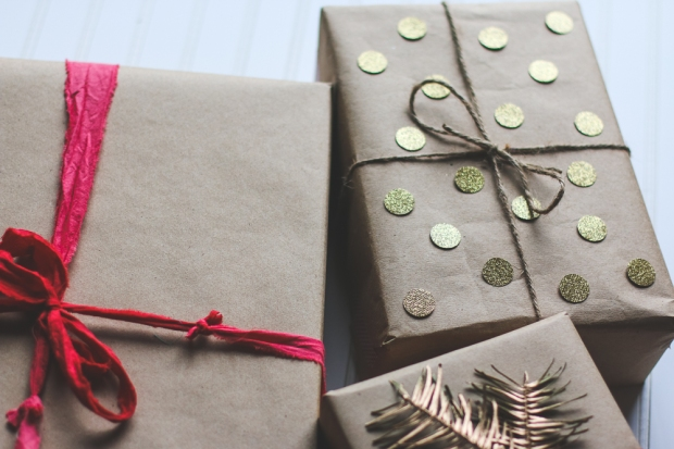 Creative Gift Wrap. She Loves Happy Lifestyle Blog (1 of 9)